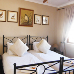 The rooms at Wakkerstroom Country Inn now feature tasteful furnishings and clean, comfortable beds.